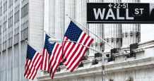 wall-street door trump bank regulator