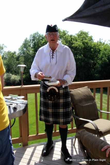 Bill, his fabulous kilt and souvlaki