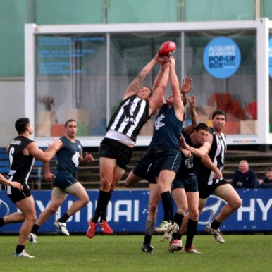 Cam Cloke pulls in strong pack mark