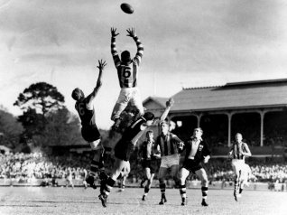 John Dugdale flies high at the Junction Oval