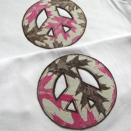 Leafy peace sign appliques by sweet3leafprints, $8