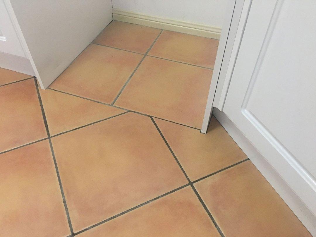 tiling, kitchen, floor tiles,