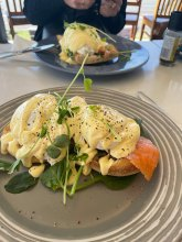 Eggs Benedict with Smoked Salmon, Coopers Cafe, Manly.