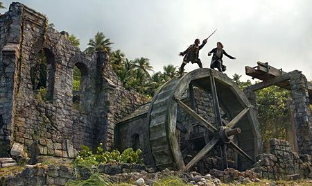 Pirates of the Caribbean Dead-Mans-Chest. The Waterwheel fight.