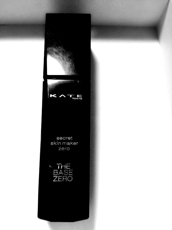 色白がKATEのシークレットスキンメーカーゼロ02をレビュー!毛穴が綺麗になくなる!一方シミは・・・。
