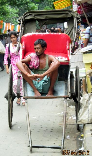 Rickshaw-in-kolkata