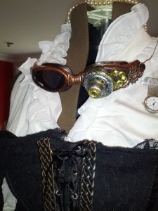steampunk goggles_writerlesleydonaldson