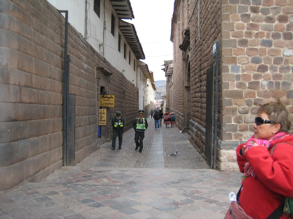 Peru Travel Blog: 26th September 2011: Eggs and the City‏ (1/6)