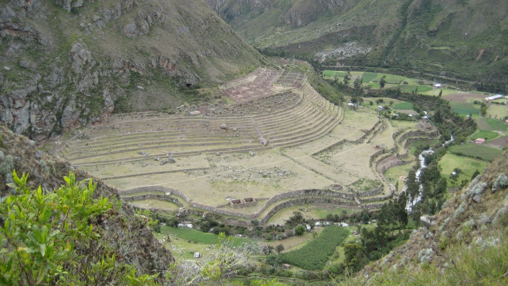 Peru Travel Blog: 28th September 2011: Inca Trek Day #1: Trails of the old 'n' chunky‏ (3/6)