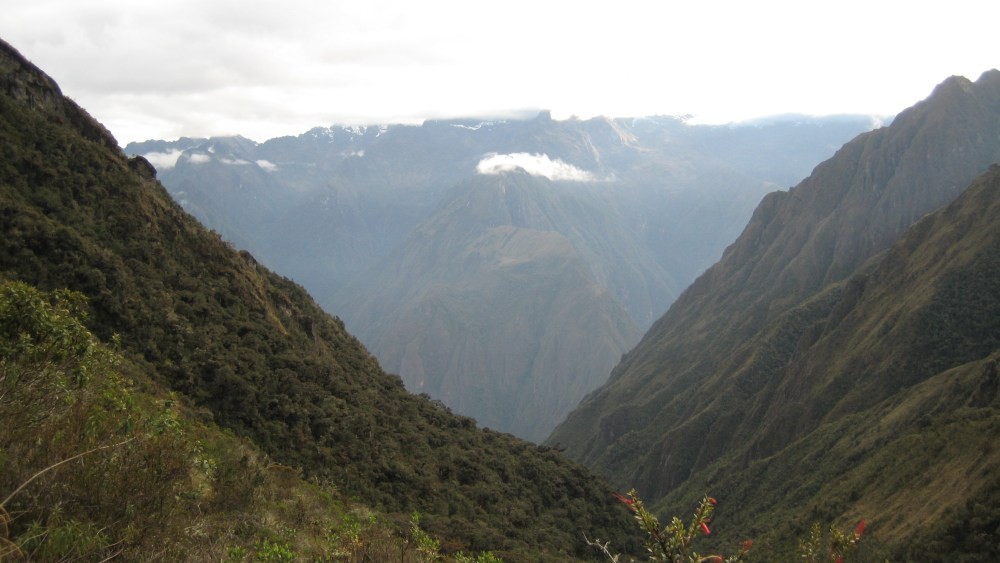 Peru Travel Blog: 30th September 2011: Inca Trek Day #3: The Last Pichu Show‏ (1/6)