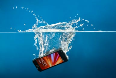 how to fix dropped phone in water
