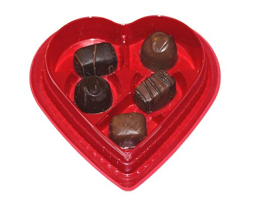 512px-Box_of_Valentine_Chocolates