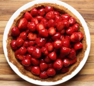 fresh strawberry pie in salted brown butter graham crust recipe | writes4food.com