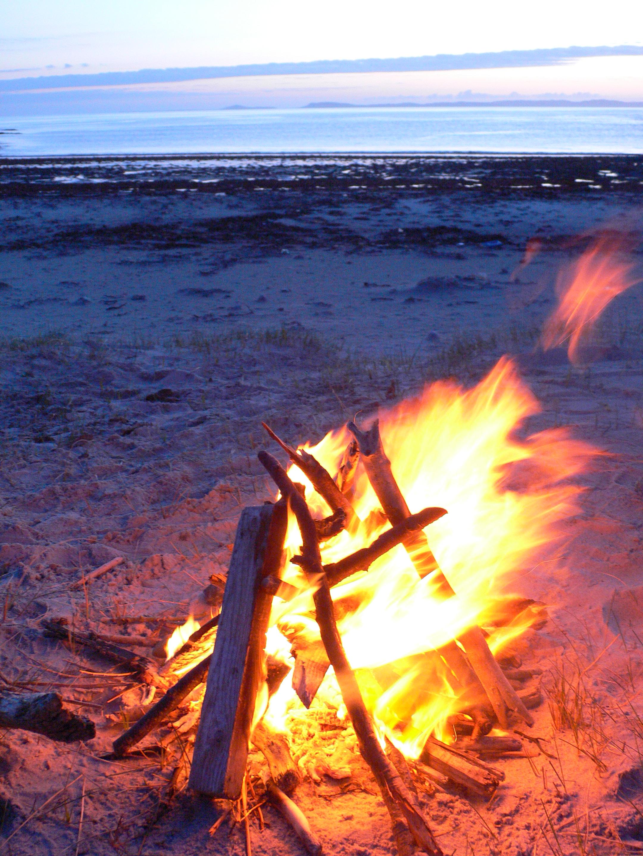 Driftwood fire at Shian Bay