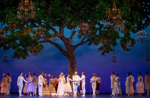 The cast of Dutch National Ballet in Cinderella in front of Basil Twist's tree (photo: Angela Sterling)