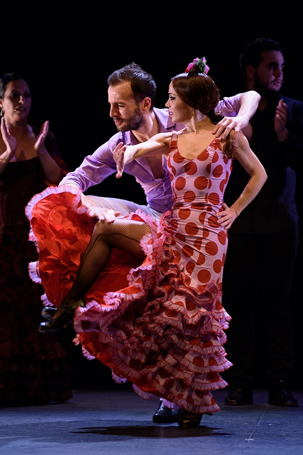 Marco Flores and Olga Pericet in Paso a Dos (photo: Paco Villata)