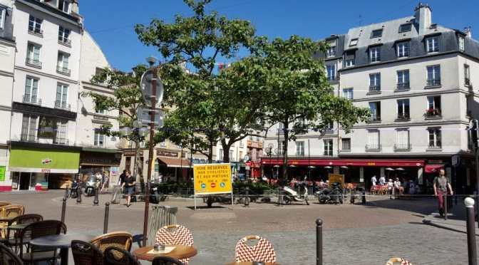 Boules, Moveable Chairs and Public Life