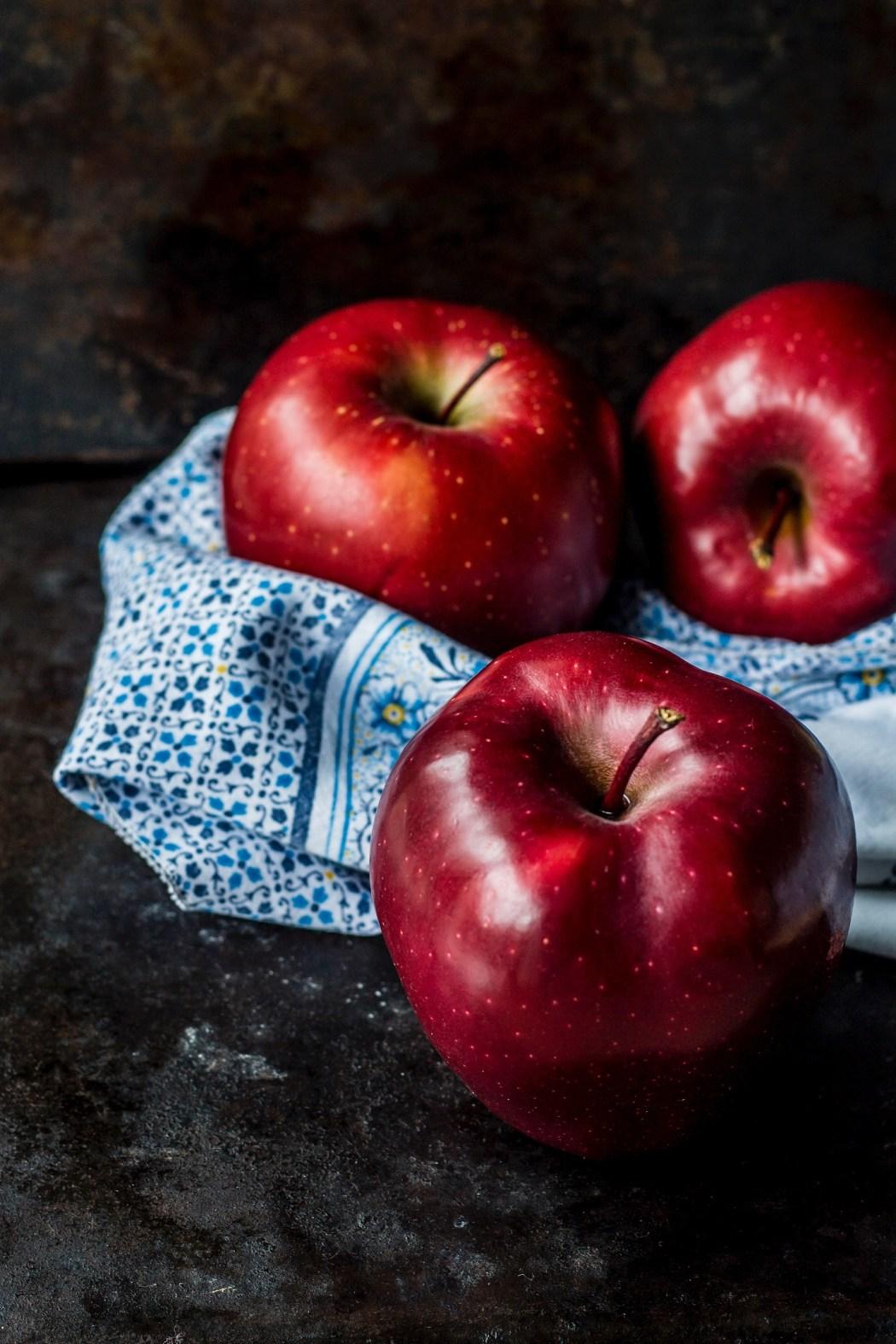 Caramel Apple Pull-Apart Bread via WritingInTheKitchen.Com * @WritingintheKitchen