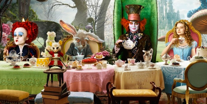 alice-in-wonderland-throught-the-looking-glass-cast-and-story-details