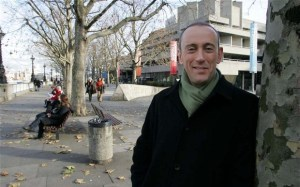 NICHOLAS HYTNER, ARTISTIC DIRECTOR OF THE ROYAL NATIONAL THEATRE, SOUTHBANK, LONDON, BRITAIN - 06 DEC 2004...Mandatory Credit: Photo by REX/Jonathan Player (593181e) Nicholas Hytner NICHOLAS HYTNER, ARTISTIC DIRECTOR OF THE ROYAL NATIONAL THEATRE, SOUTHBANK, LONDON, BRITAIN - 06 DEC 2004