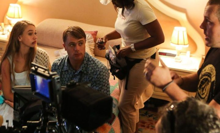 Writer-director Sean Else during the filming of 'n Man Soos My Pa, with actors Lara de Bruijn and Vilje Martitz