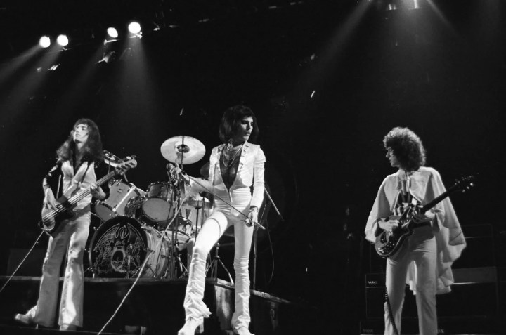 Queen 6_Hammersmith Odeon_(c)Douglas Puddifoot