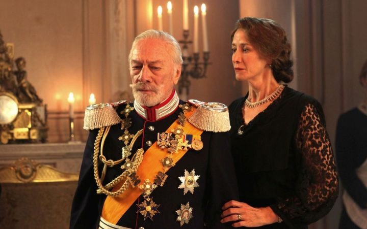 Christopher Plummer and JanetMcTeer in The Exception