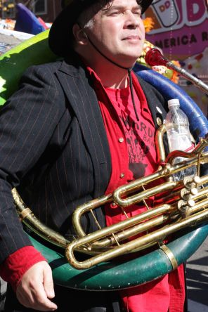 cambridge honkfest oktoberfest parade 21