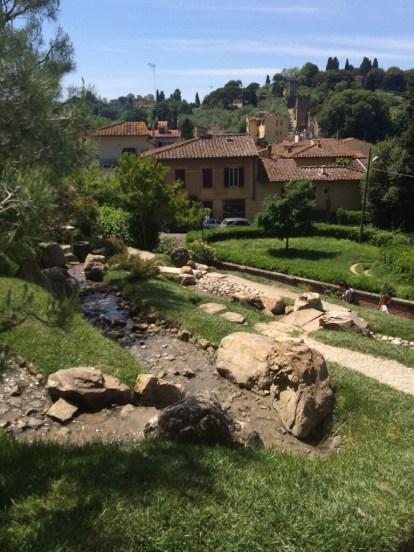 A hidden Zen Garden, Rose Gardens, Firenze.