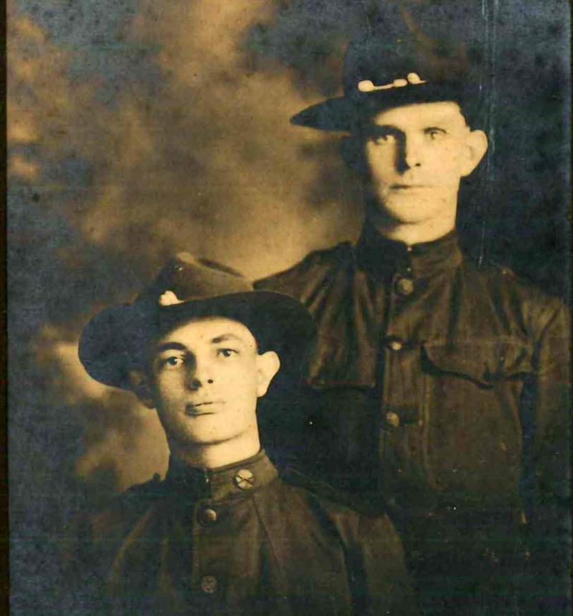 Photo of unidentified soldiers