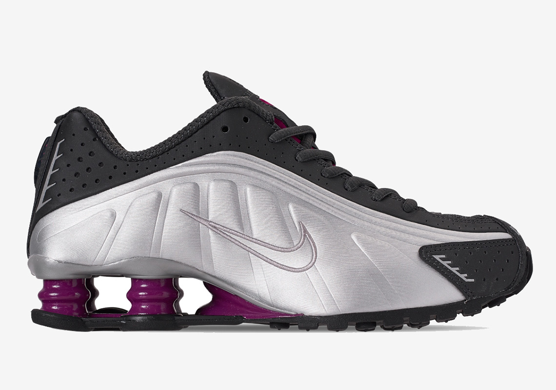 d476b923e7b True Berry  É A Próxima Colorway Do Nike Shox R4