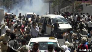 محتجون في مدينة تعز