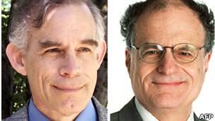 GS. Christopher Sims (trái) và GS. Thomas Sargent