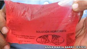 Bebida reidratante é distribuída na Nicarágua (Anna Maria Barry-Jenson)