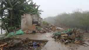 Căn nhà bị phá của gia đình ông Đoàn Văn Vươn