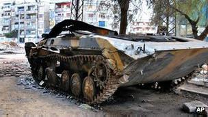 Xe tăng của chính phủ Syria ở Homs