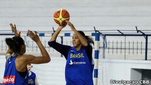 Treino da seleção feminina de basquete (Foto: Confederação Brasileira de Basquete)