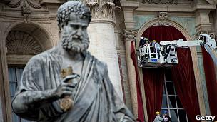 130311234933 vatican conclave st peter 304x171 getty  Los diez mandamientos para entender el cónclave (Especial BBC)