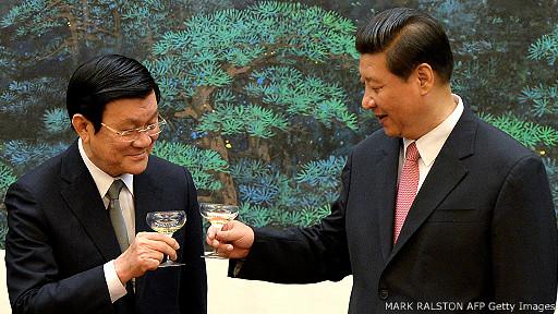 Trương Tấn Sang và Tập Cận Bình trong chuyến thăm Bắc Kinh của ông Sang hồi tháng 6/2013