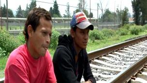 Angel Martínez y Joel, migrantes hondureños que quieren vivir en México