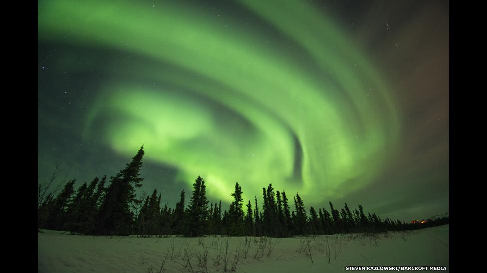Aurora boreal no Alasca por Steven Kazlowski