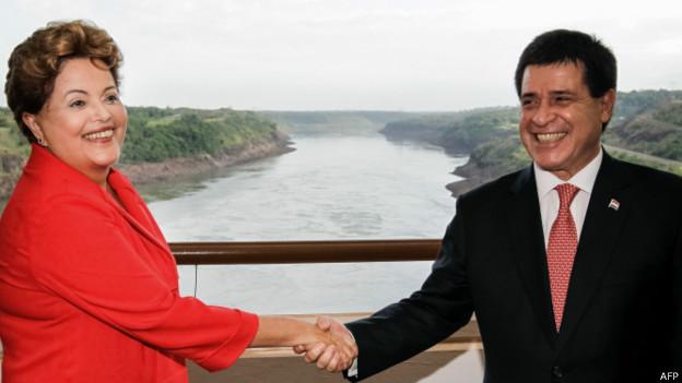 Dilma Rousseff e Horacio Cartes, em Itaipu