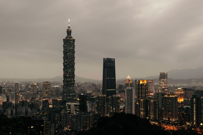 Taiwan's Smart Air Pollution Monitoring Solution Predicts Air Quality in 4 Hours