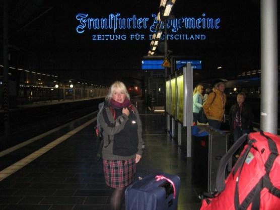 Mitten in der Nacht Ankunft in Frankfurt