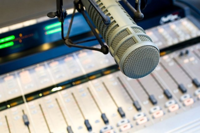 FDRLST-Radio-Hour-998x661