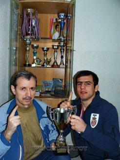 Руслан Идрисов и Сулиман Абдурашидов с Кубком Франции