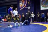 Айдамир Абдулаев объясняет правила борьбы Пахлавани спортсменам и тренерам