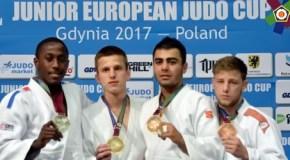 Аюб Хожалиев завоевал Кубок Европы
