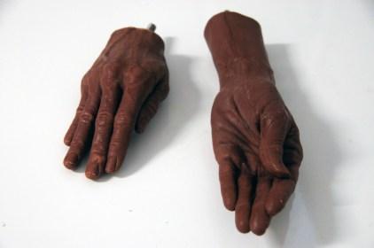 hands14-925x614