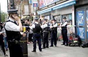 警察在波羅巿場封鎖現場